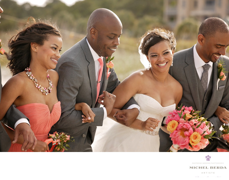 Bride and groom and bridal party beachTHE WESTIN HILTON HEAD ISLAND RESORT & SPA