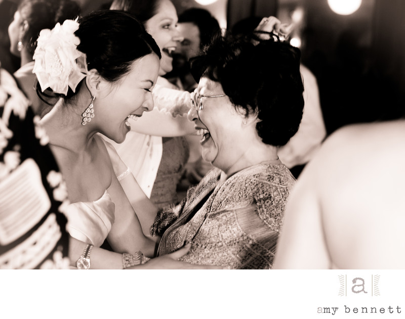 bride laughing with grandma