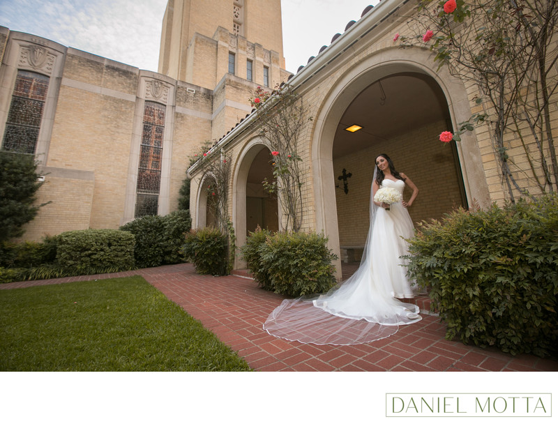 Bride at Christ the King in Dallas