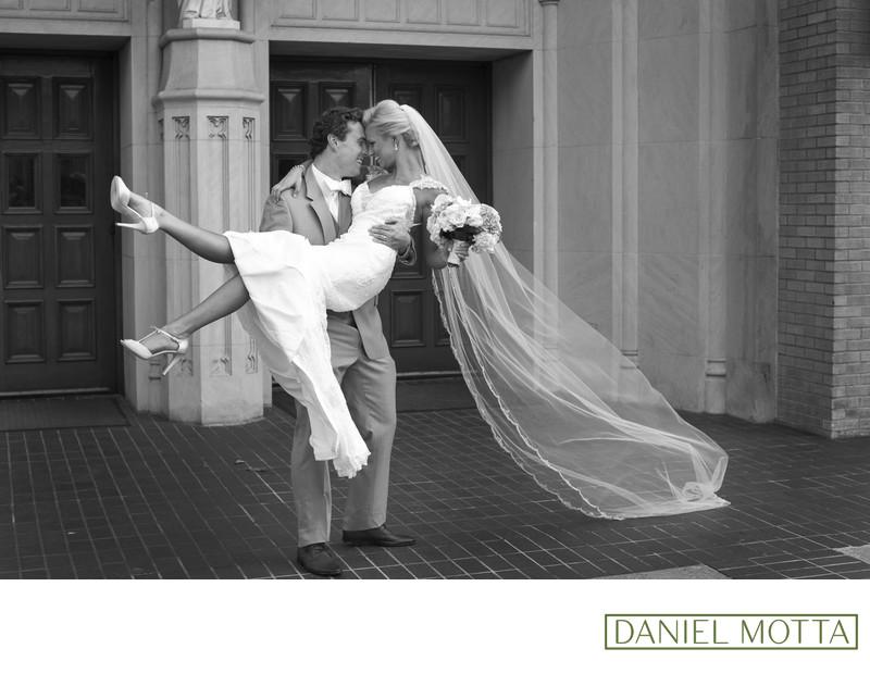 Wedding Photography Dallas TX St. Thomas Aquinas Church
