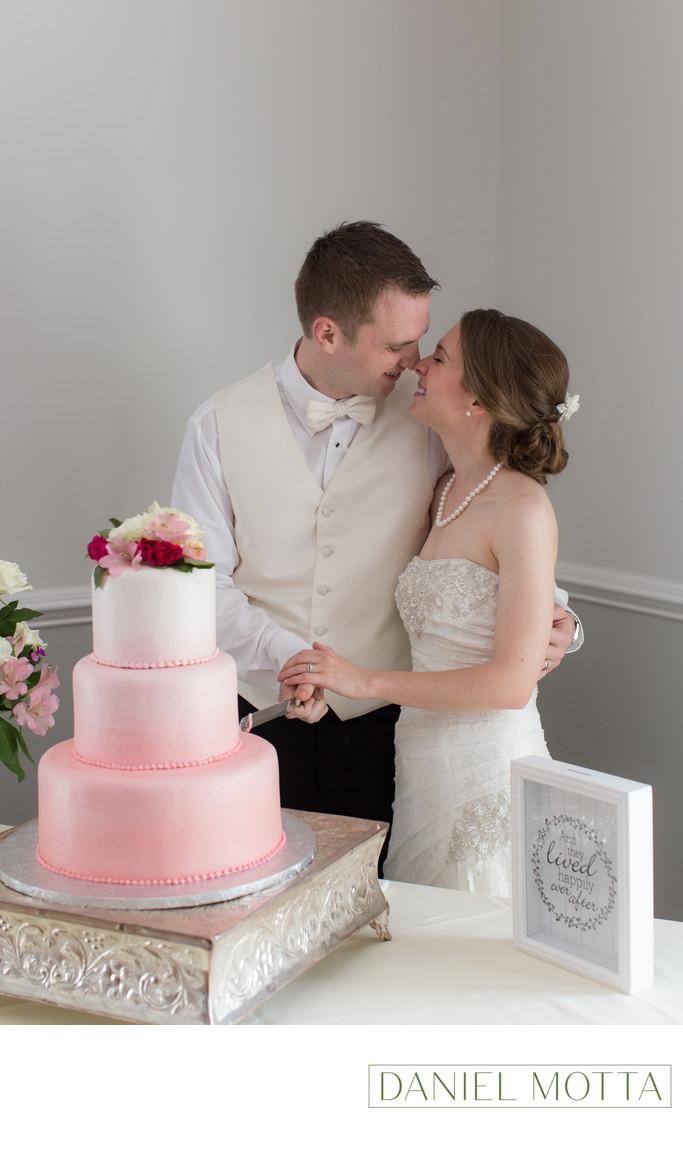 Fun Wedding Photographer at Bingham House in Mckinney