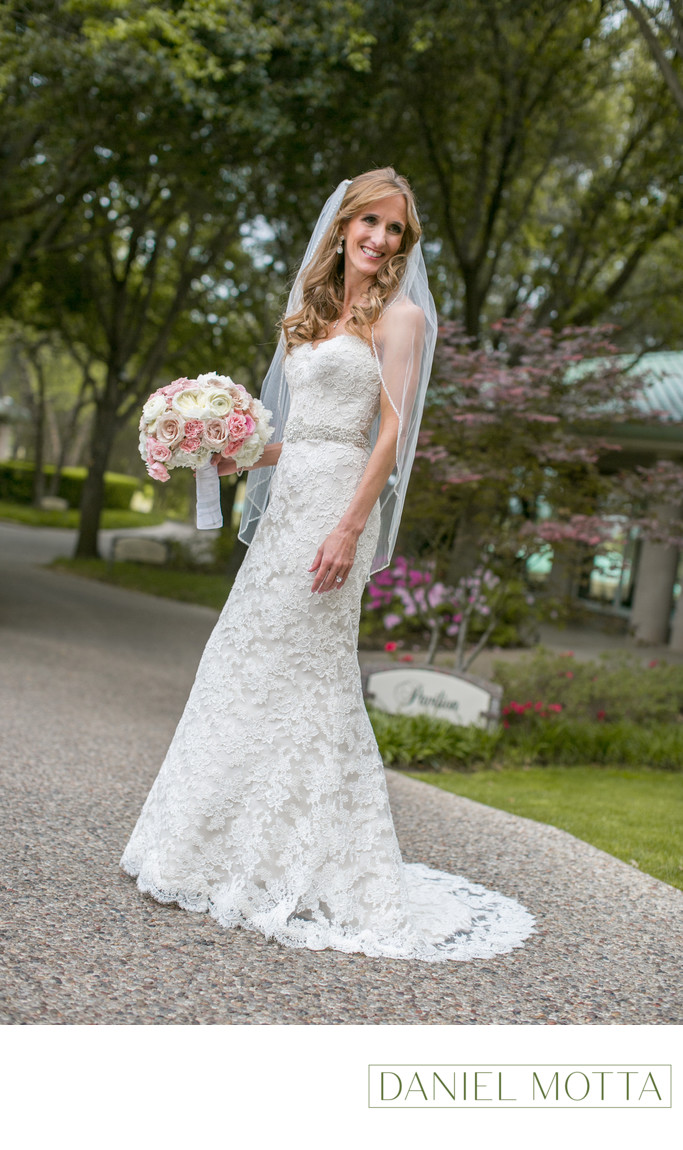 Bride at Four Seasons Hotel in Irving