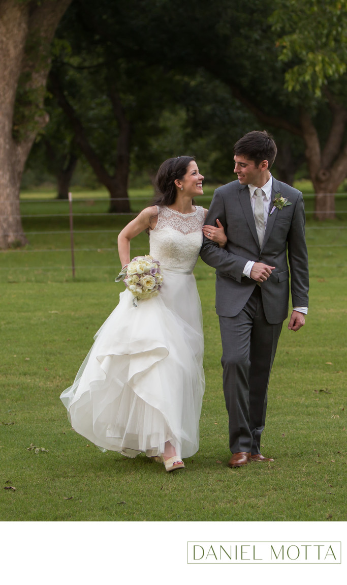 Bride and Groom Photograph at The Orchard in Azle