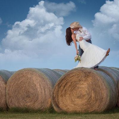 Best Outdoor Wedding Photographer in Perrin Texas