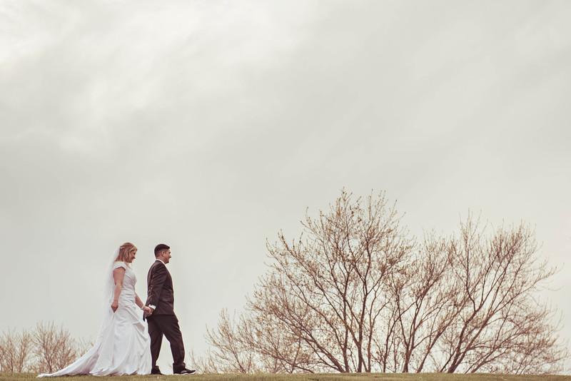 Wendi + Ernesto | Grayslake Wedding