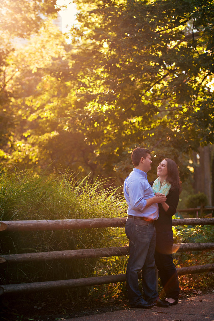 Nicole + Brandon   Lincoln Park Engagement Session