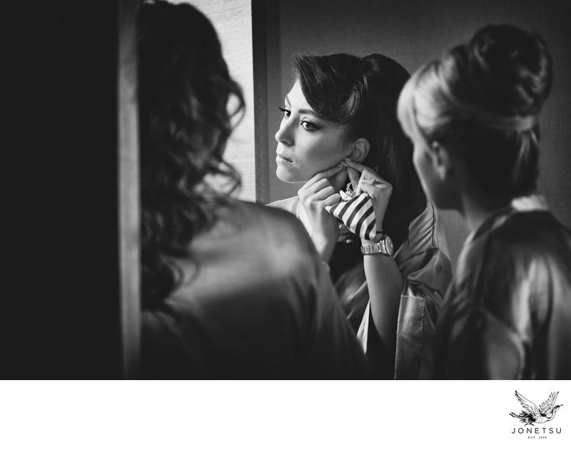 bridesmaids getting ready at Fairmont Pac Rim