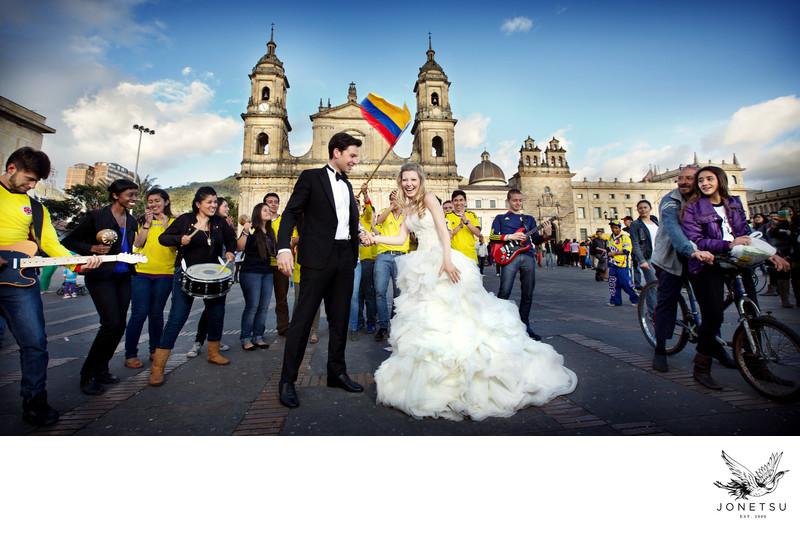 Bogota wedding portrait bolivar square Lazarro gown