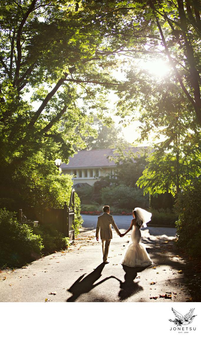 Vancouver wedding portrait mansion driveway veil