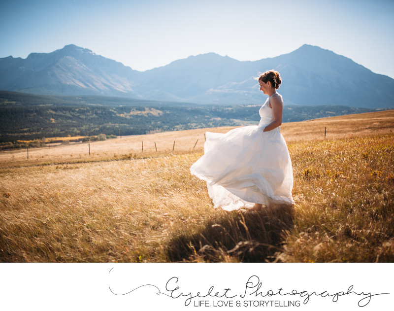 Wedding Photographer Crowsnest Pass Mountains