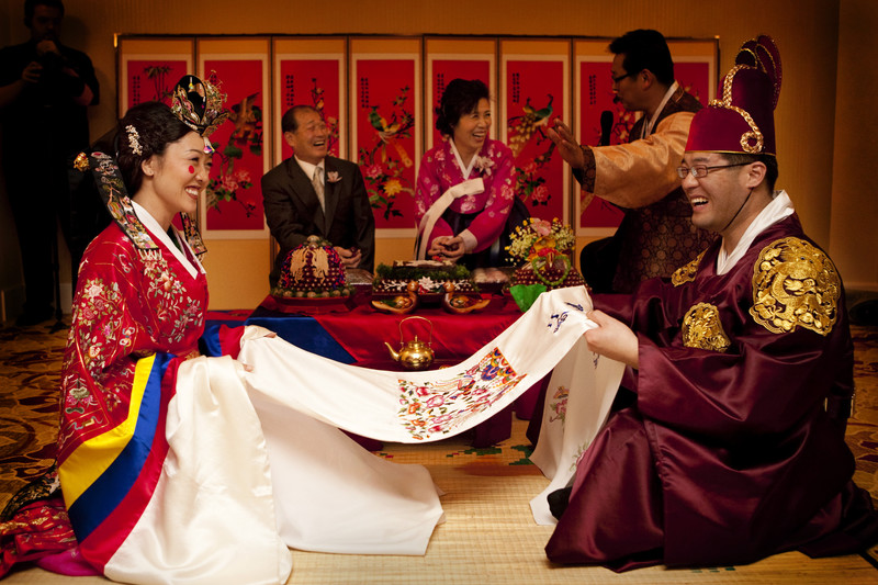 explaining korean traditions Beneath the catchy dance beat and hilarious scenes of seoul's poshest neighborhood, there might be a subtle message about wealth, class, and value in south korean society.