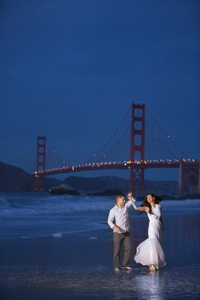 San Francisco Golden Gate Bridge Engagement Photographer