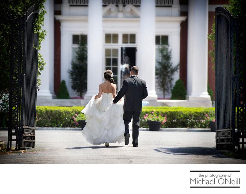 Mansion Wedding Photographer Glen Cove deSeversky Oheka Castle