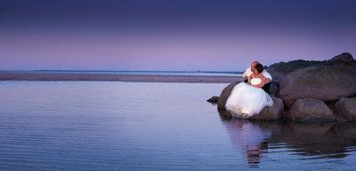 Best Garden City Hotel wedding photographer