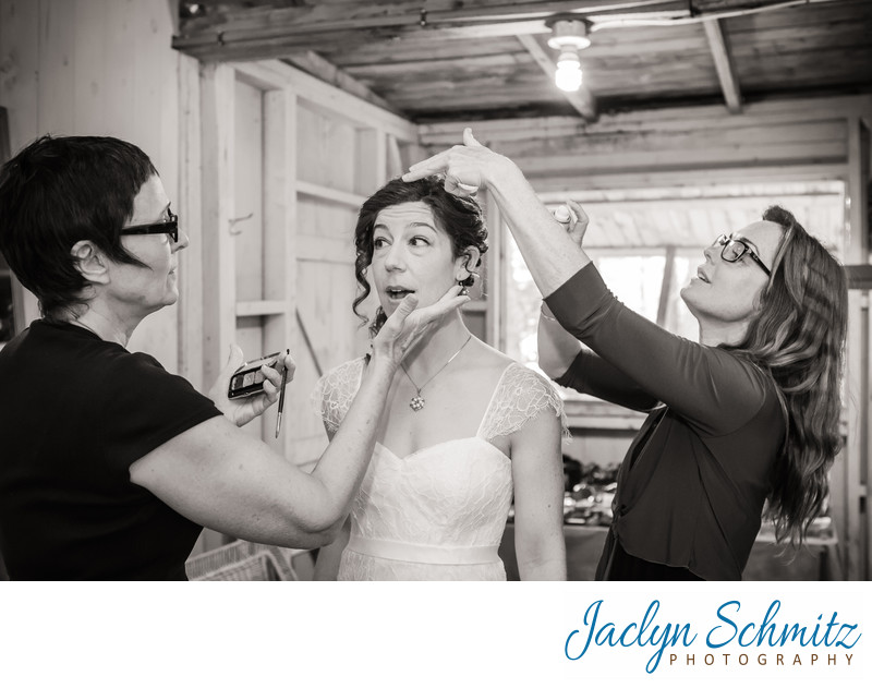Getting ready cabin for bride in Craftsbury, VT