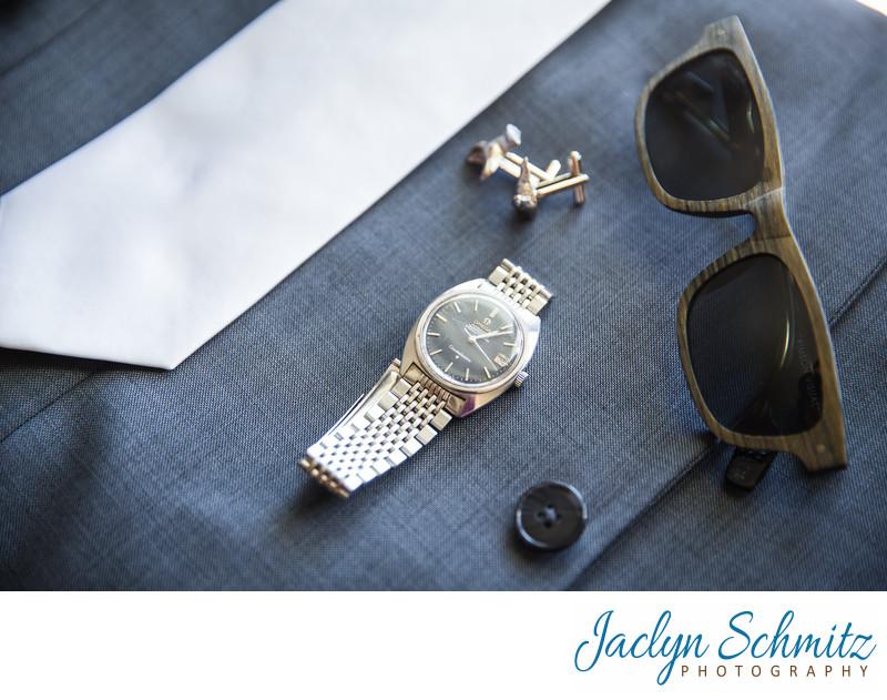 Stylish groom accessories