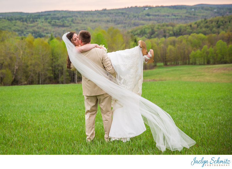 Cathedral veil wedding photos VT