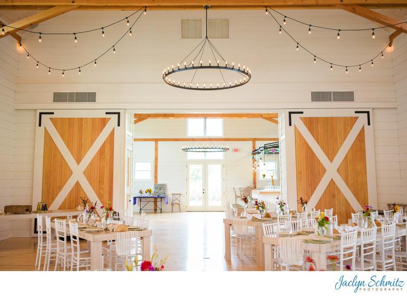 Upscale wedding barn VT
