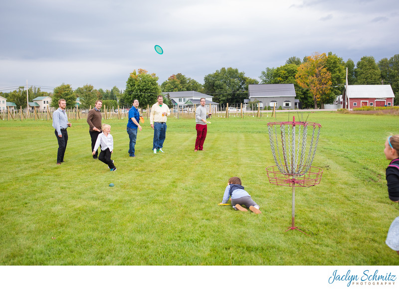 Frisbee golf Smuggler's Notch Barn