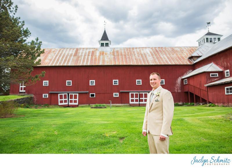 Groom in tan suit VT wedding