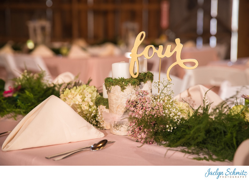 Greenery wedding tables VT