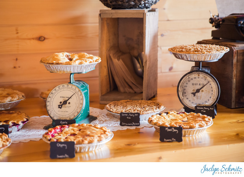 Wedding pies on a scale decor ideas