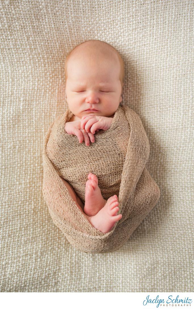 relaxed newborn portraits Vermont