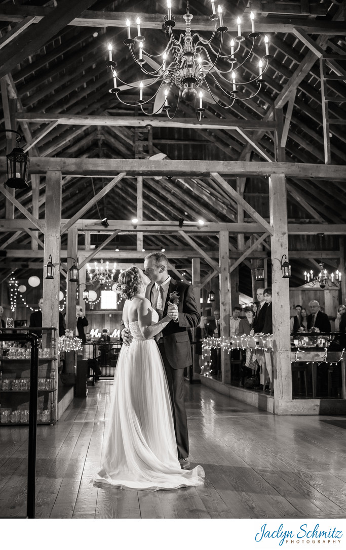 Wedding photographer Barn at Boyden Farm