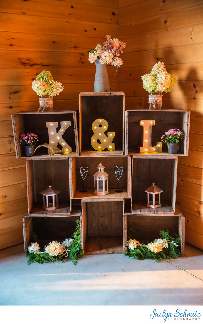 Apple crate wedding decor ideas