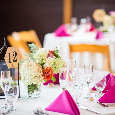 Fuchsia and white wedding decor