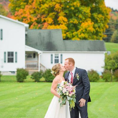 Classic Fall wedding photos VT