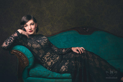 Missoula Montana Beauty Glamour Photography-the-couch