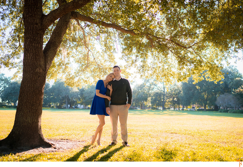BLUE DRESS FOR ENGAGEMENT PHOTOS IN A PARK IN JACKSONVILLE