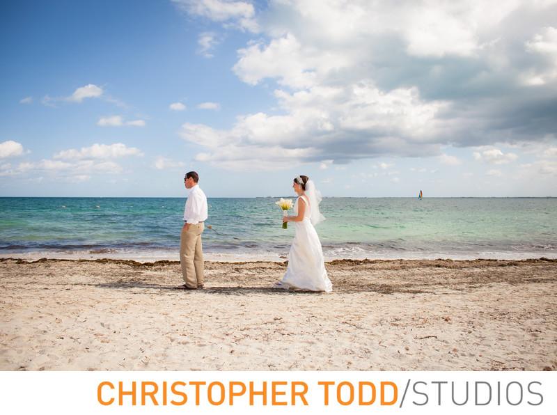 Destination Wedding Bride and Groom in Cancun Firstlook