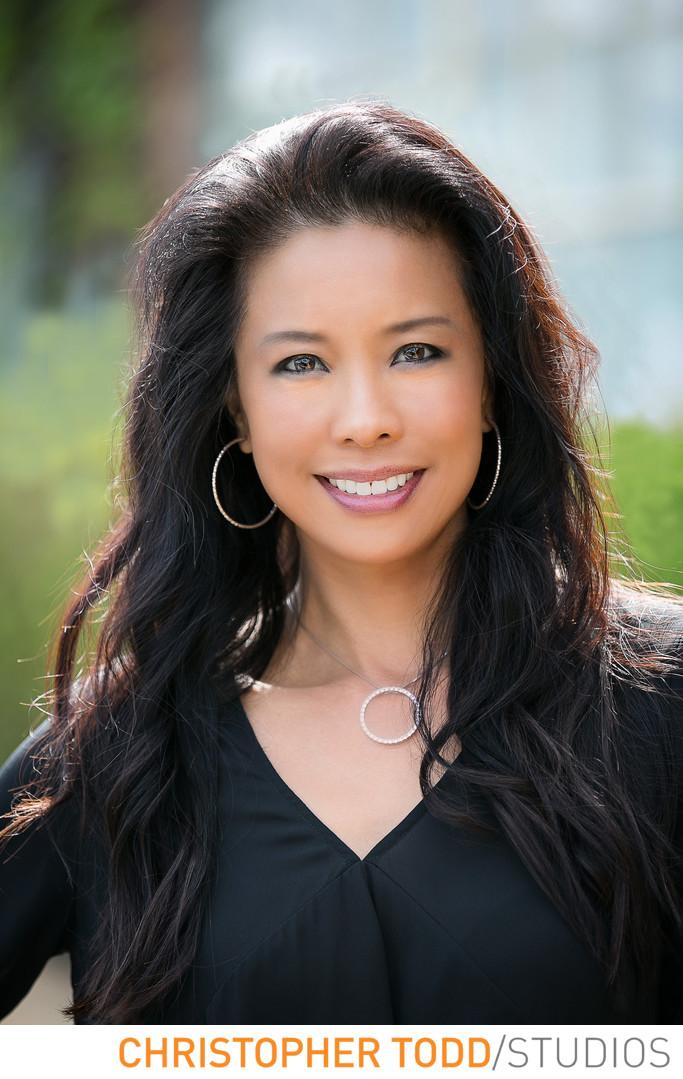 Orange County Female Attorney Headshot