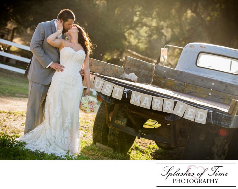 Circle Oak Ranch Wedding Photography