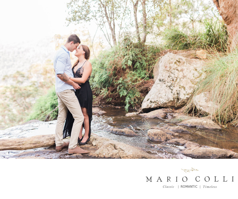 Best Springbrook Engagement photos canyon lookout