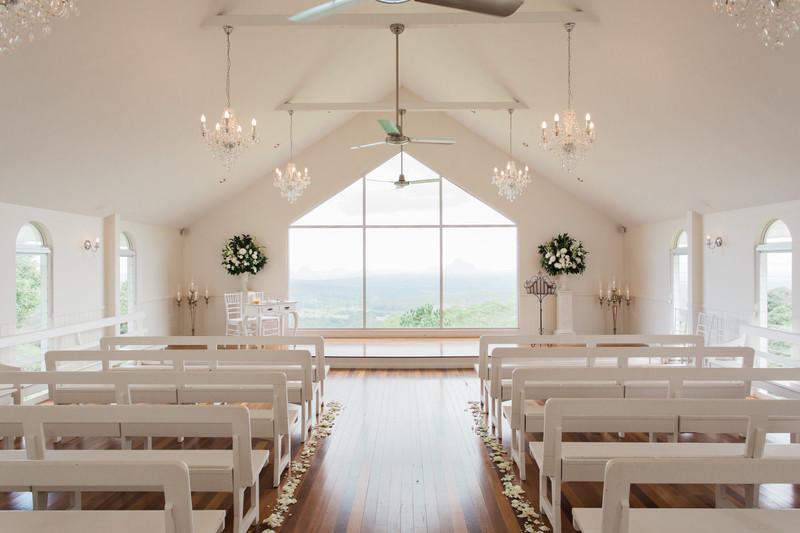 sunshine coast wedding photographer weddings at tiffany