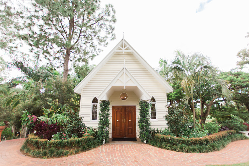 Gold Coast wedding photography Braeside Chapel
