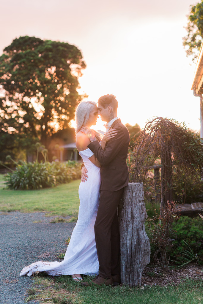 Mount tamborine wedding elopement