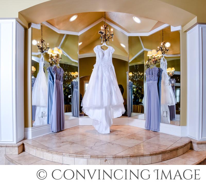 Old Rock Church Brides Room