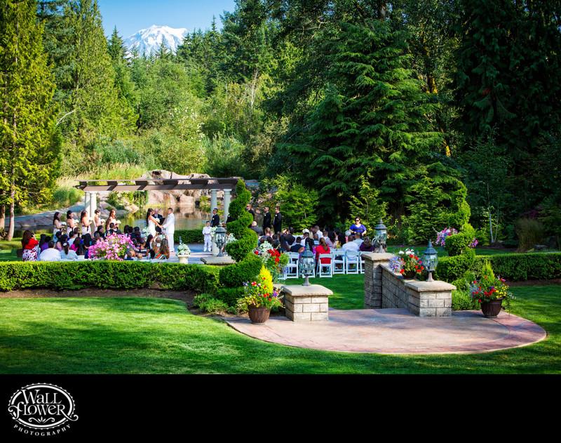 Rainier view over Rock Creek Gardens wedding ceremony