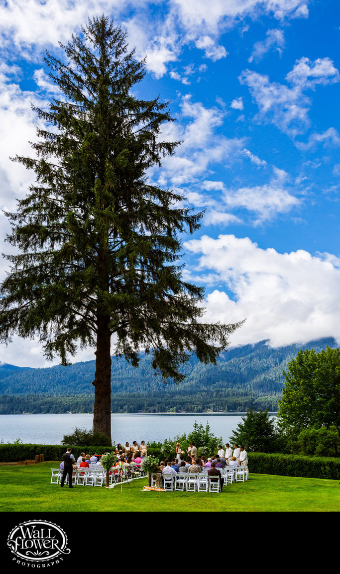 Wedding ceremony on lawn of Lake Quinault Lodge