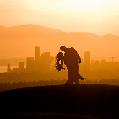 Groom dips bride at Newcastle's best Seattle viewpoint
