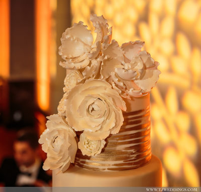 Wedding photography at THE MAJESTIC DOWNTOWN. Persian wedding Coordination by Events by Goli instagram.com/eventsbygoli/ Magnolia Village Flowers https://www.facebook.com/magnoliavillage.flower