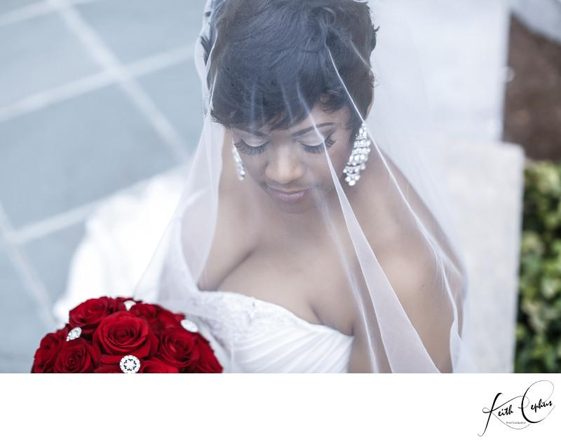 Chrysler Museum of Art bridal portrait photographer