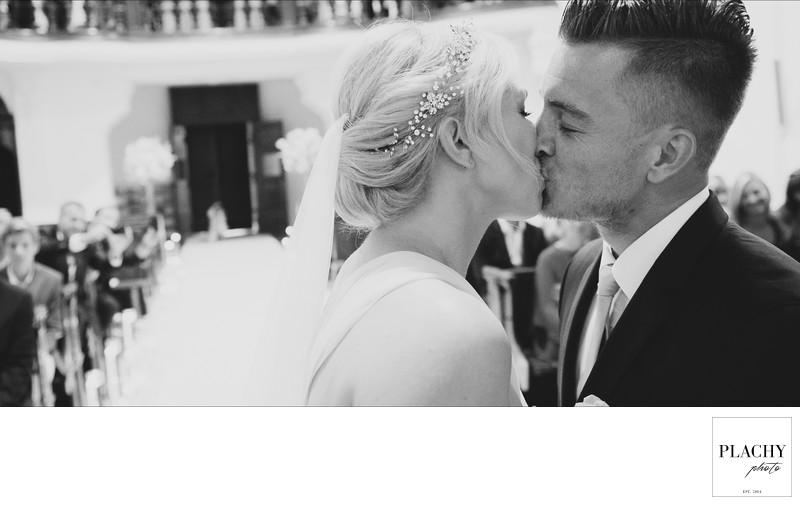 Luxury Wedding Photographer and Photography at Dobris