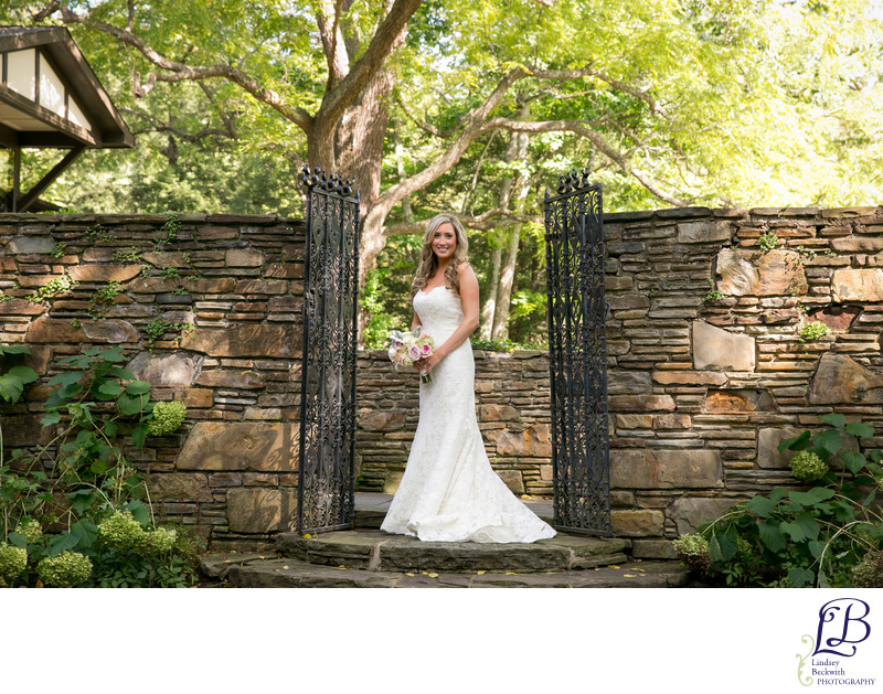 Hillbrook Club bride