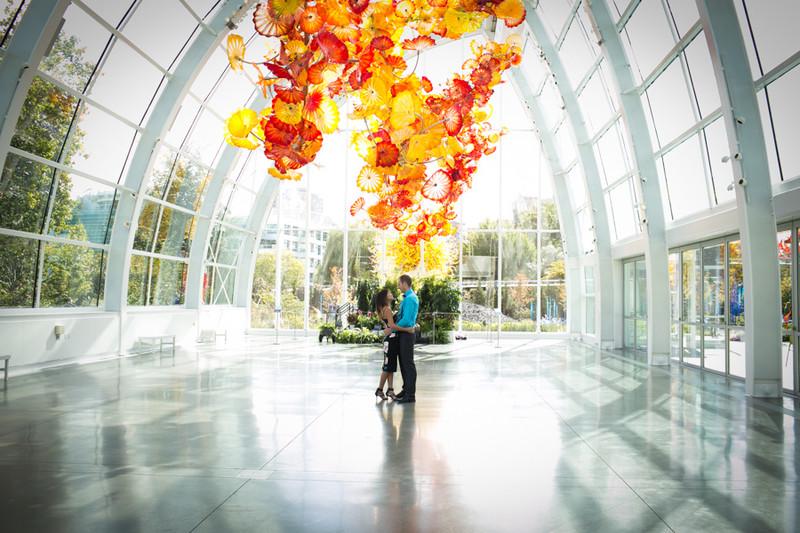 Seattle Glass Museum Engagement Photographs   Ballard   Fremont