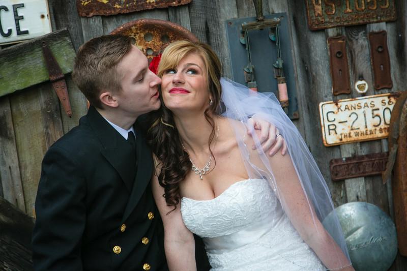 Seattle Wedding Photography   Hollywood Schoolhouse Photographer
